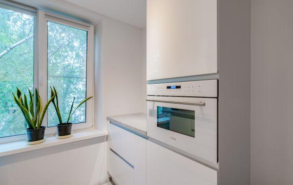 Кухня ПП312 ПОСТ-5 GLS белый кристальный