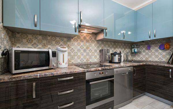 Кухня ОСК754 ПОСТ-5 Мореный дуб/Бирюзовый перламутр
