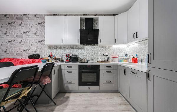 Кухня МИ414 Массив ясеня 501 верх 101/низ 125