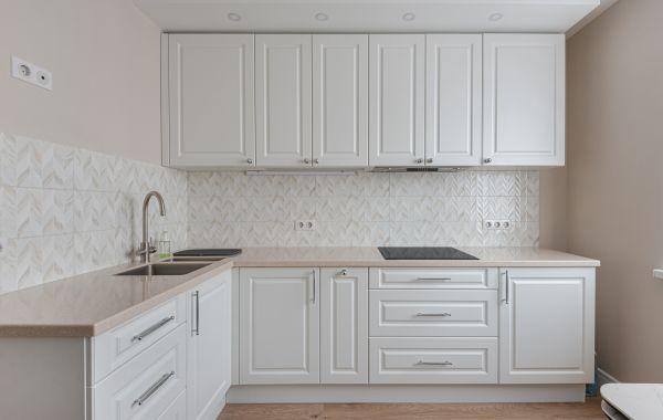 Кухня АМ417 Волна Лонгфорд Снежный Софттач