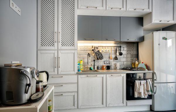 Кухня КА712 №1 Массив Ясень Т509/135 (патина графит), №2 Шпон Ясень Т219 гориз окраска NCS S SS02-В мат