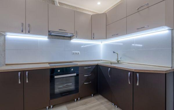 Кухня ОС2210 Волна Система Сатин бежевый/Система Бронзово-коричневый
