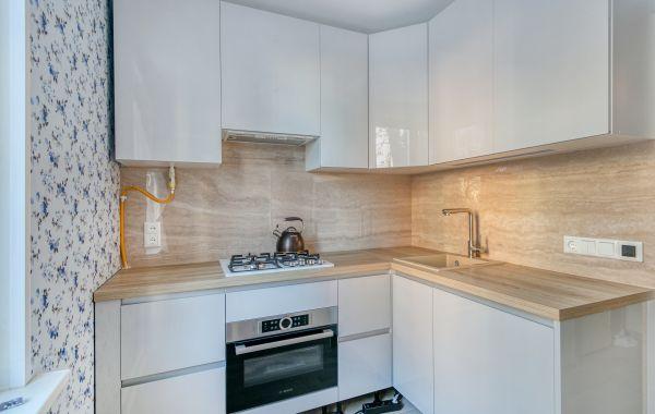 Кухня БОКС082 Акрил 5 Белый/Акрил 5 Светло-серый