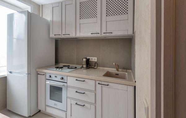 Кухня БА1018 Т537 Ясень 135